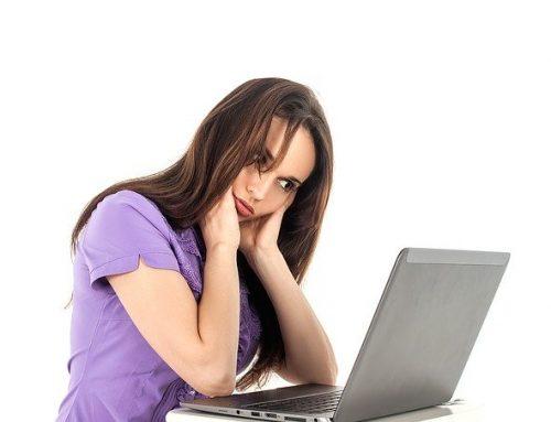 Smart Working: dolore alle spalle o alla cervicale quando stai al computer? Puoi risolverlo così!